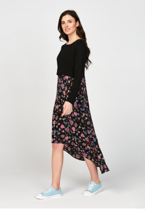 Sukienka 1117708 czarna i kwiecista