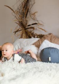 Round breastfeeding pillow Dark Grey